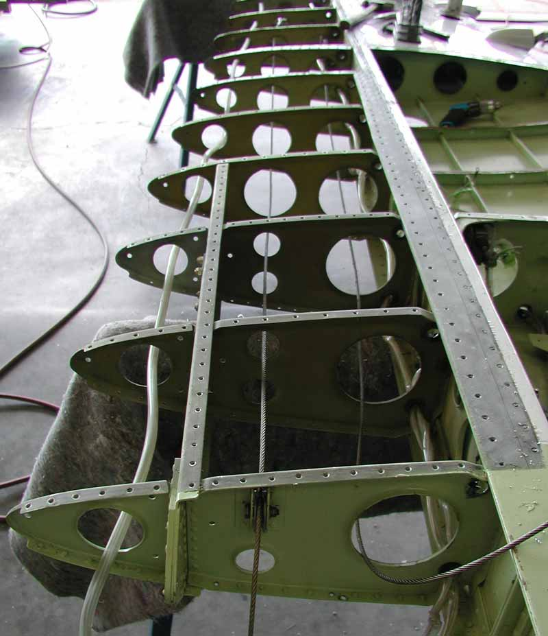 SF-260 leading edge wing structure.